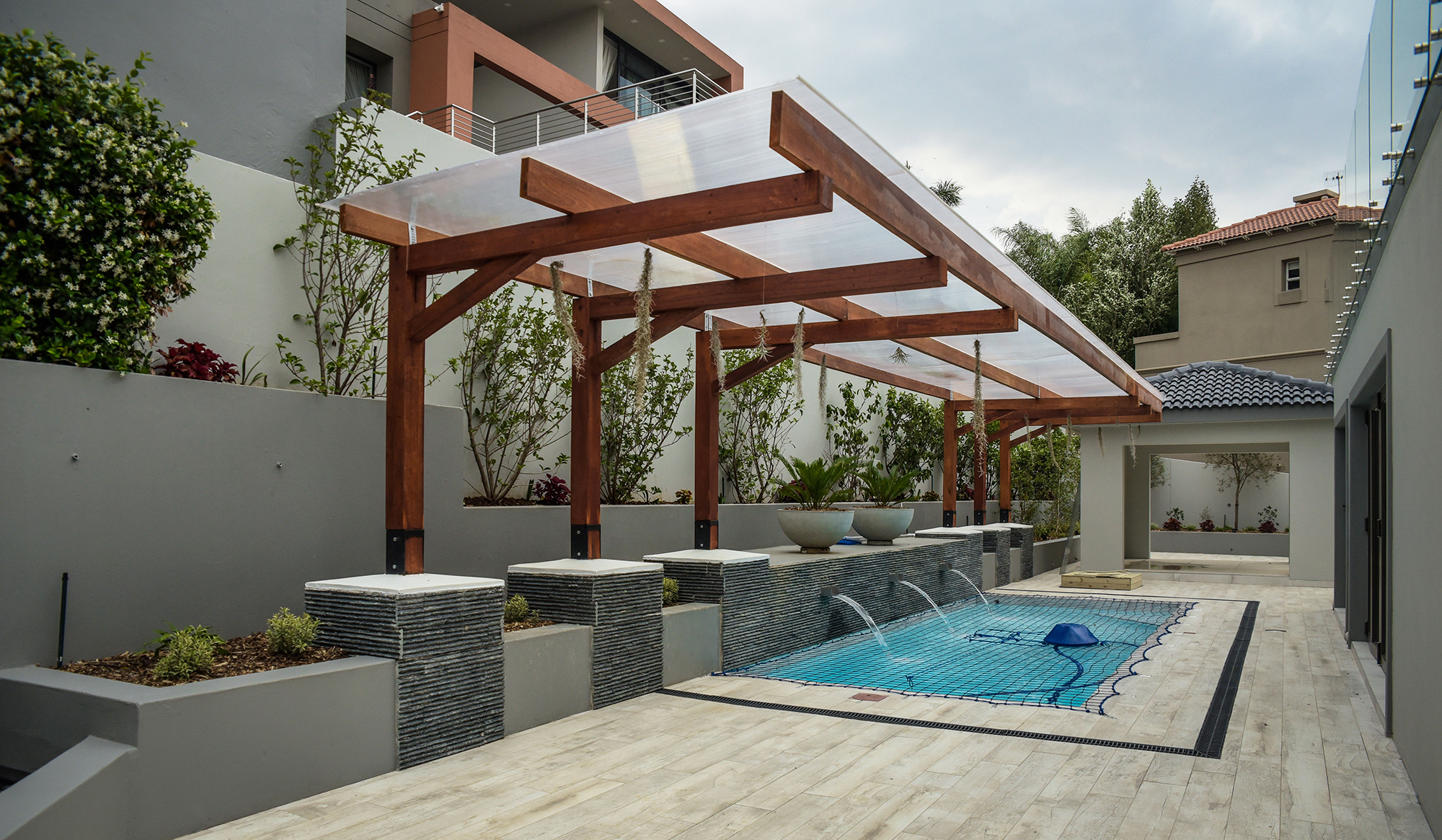 3 Reasons to build an outdoor entertainment area   FSG ...